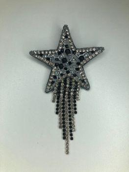 Брошь из бисера звезда с цепочкой